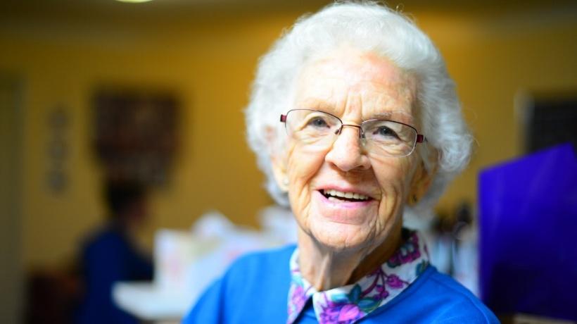 Hoe ga ik om met de brandveiligheid voor ouderen in de zorg?
